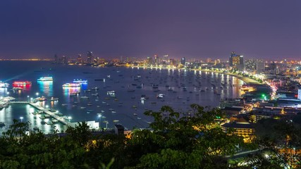 Fotomurales - Time lapse of Pattaya city at night, Thailand.