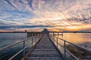 Foto op Aluminium Zee zonsondergang Waiting Around