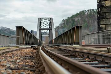 Photo sur Aluminium Voies ferrées Eisenbahnbrücke