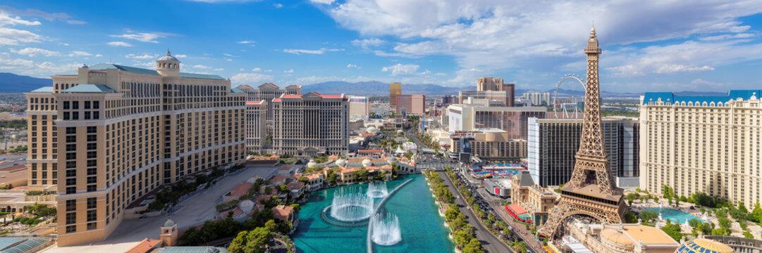 Panoramic view of Las Vegas strip at sunny day