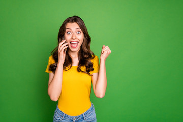Fototapete - Portrait of her she nice attractive lovely charming amazed cheerful cheery wavy-haired girl discussing gossip on phone isolated on bright vivid shine vibrant green color background