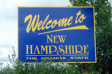 Wall Mural - Welcome to New Hampshire Sign
