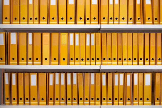 Aligned yellow binders