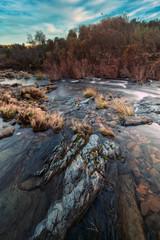 Keuken foto achterwand Grijze traf. Healthy countryside river