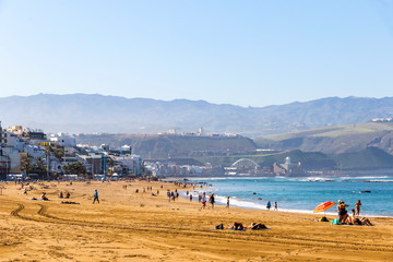 Las Canteras Beach (Playa de Las Canteras) in Las Palmas de Gran Canaria, Canary island, Spain. 3 km stretch of golden sand is the heart and soul of Las Palmas. One of the top Urban Beaches in Europe