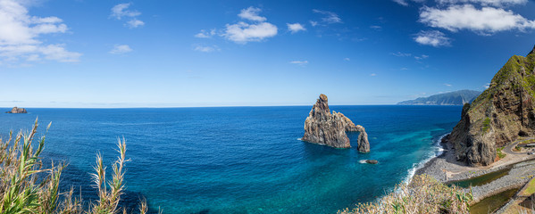 View over the stony beach of Sao Vicente on the Portugese island of Madeira in summer Fototapete