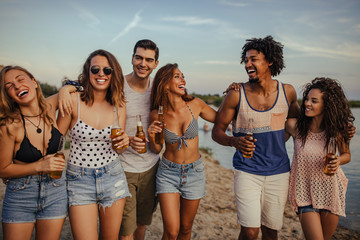 Fotomurales - This summer is all about friends