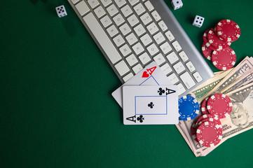 โป๊กเกอร์ออนไลน์, คาสิโน, ธุรกิจเกมออนไลน์  ชิปเงินบัตรและพีซี  ความเป็นมาสำหรับธุรกิจเกมออนไลน์