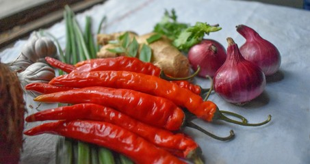 In de dag Hot chili peppers red hot chili peppers in a basket