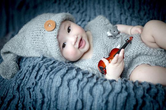 bébé fille métisse 6 mois franco chinois