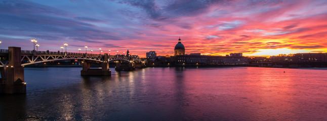 Ciel rouge à Toulouse Fototapete