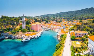 Scenic view of the blue lagoon village Veli Losinj on sunny day. Location place Kvarner Gulf, island Losinj, Croatia, Europe.