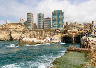 Keuken foto achterwand Havana Beirut, Lebanon - probably the most popular landmark in Beirut, the Raouché Rocks are a wonderful spot visitated by thousands of tourists every day