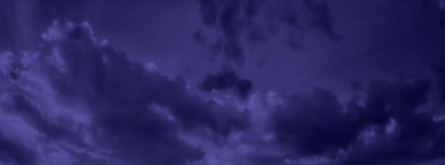 Montage in der Fensternische Aubergine lila Dark blue night sky with clouds background. Realistic Vector Wallpaper.
