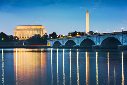 Fototapete Washington DC, USA Skyline on the River