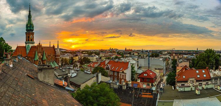Zachód słońca nad Krakowem, dzielnica Podgórze