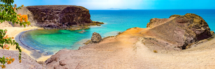 Fotobehang Canarische Eilanden Spanish beaches and coastline.Spanish View scenic landscape in Papagayo, Playa Blanca Lanzarote ,Tropical Volcanic Canary Islands Spain