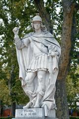Fototapete - Madrid Royal Palace sculpture