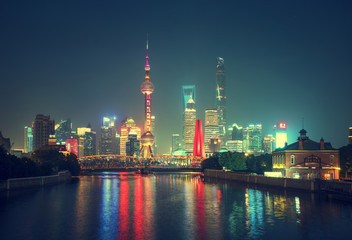 Fotomurales - Shanghai skyline and Waibaidu bridge, China