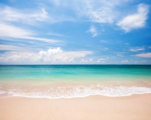 Fototapete - beautiful beach and tropical sea