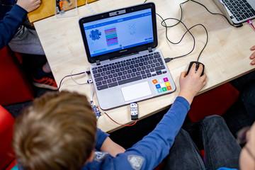 Computer-Kurs für Kinder, digitale Bildung
