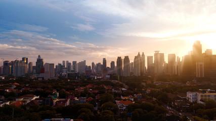Fotobehang Amerikaanse Plekken CITYSCAPE AGAINST SKY DURING SUNSET