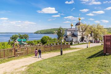 The road to the church of Konstantin and Elena in Sviyazhsk, Tatarstan