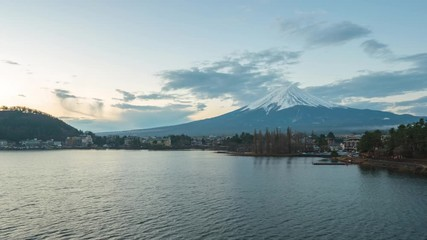 Wall Mural - Time lapse of Mount Fuji with Lake Kawaguchiko in Japan