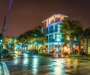 Crossroad in world famous Ocean Drive at night