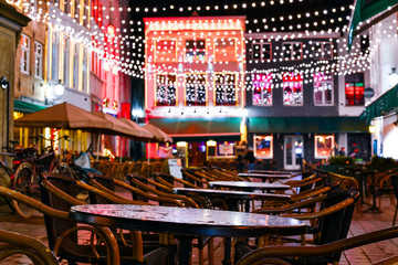 Nightlife in Bruges (Belgium), Bars and Bistros and Decorative Lights