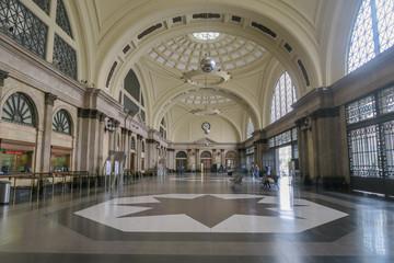 Türaufkleber Barcelona Barcelona, Spanien: Wartehalle des historischen Bahnhofs Barcelona França
