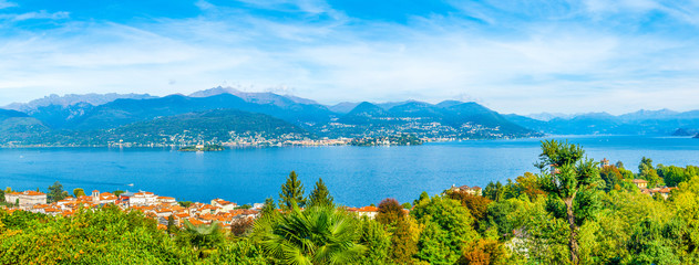 Fotobehang Blauw Beautiful autumn landscape of Stresa town, Italy