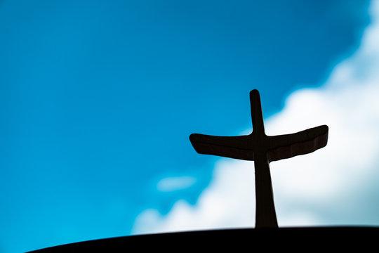 나무십자가,구름,하늘,부활절,사순절