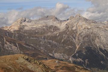Schweizer Alpenlandschaft (Splügener Kalkberge von Süden)