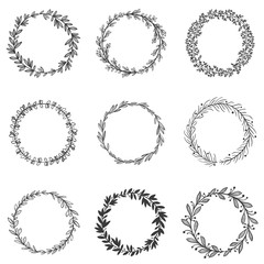 Wall Mural - Circle leaf frames. Round branches with leafs, hand drawn floral frame and decorative sketch leaf circles vector set. Collection of natural monochrome circular decorations made of foliage of plants.
