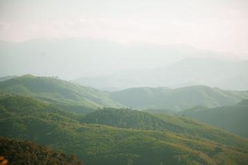 Türaufkleber Khaki view of mountains