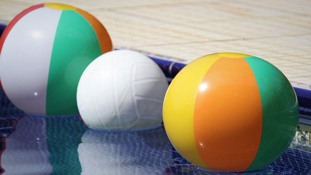 beachballs ina pool
