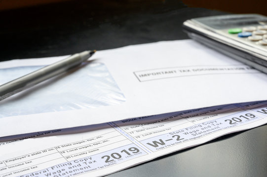 2019 IRS W-2 Tax Form for earned income