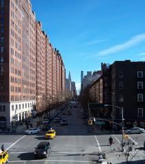 Deurstickers New York TAXI VIEW OF SKYSCRAPERS IN CITY