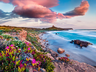 Photo sur Toile Ile Windy spring scene of Sardinia, Italy, Europe. Fantastic morning view of Capo San Marco Lighthouse on Del Sinis peninsula. Stunning seascape of Mediterranean sea. Traveling concept background.