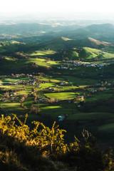 Papiers peints Gris traffic Paysage du Pays Basque en France