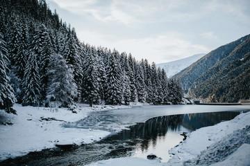 Papiers peints Gris traffic Magnifique paysage glacial et nordique