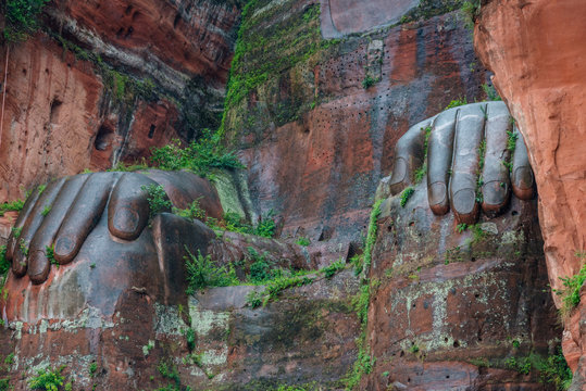 Giant Buddha, the largest buddha of the world carved on Emei Shan, sacred mount, Leshan, Sichuan, China