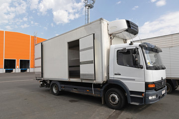Refrigerated Truck Cargo Transport