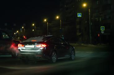 Car rides through the night city Fototapete