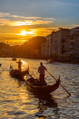 Fotomurales - Grand Canal with gondolas in Venice, Italy. Sunset view of Venice Grand Canal. Architecture and landmarks of Venice. Venice postcard