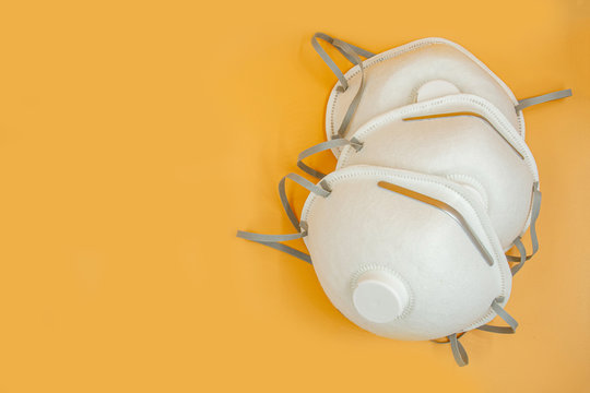 P2 N95 protection respiratory mask helps reduce amount of breathing PM2.5 particles from bushfires, smoke, coronavirus