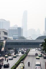 Smog shrouds Bangkok's tallest building