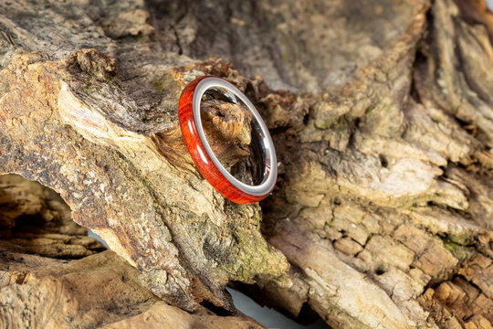 Redheart wood ring