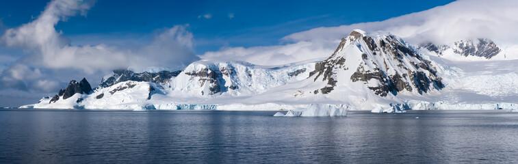 Foto op Textielframe Antarctica Stunning icy landscapes, Chiriguano Bay, Danko Island, Antarctic Peninsula, Antarctica